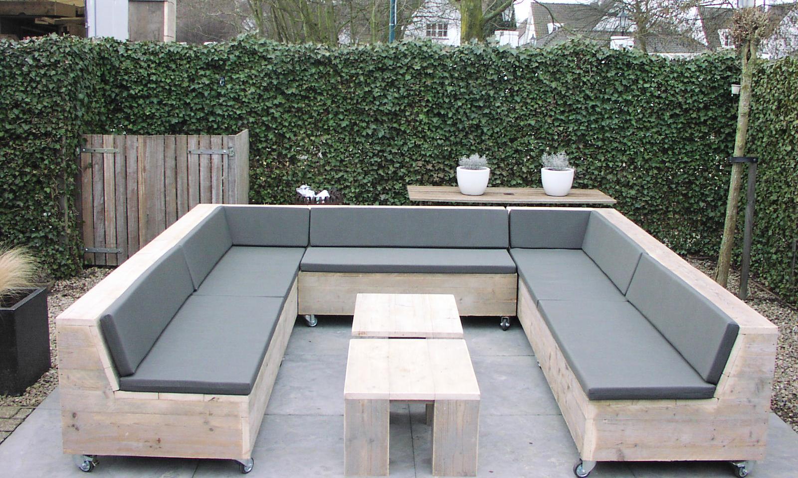 steigerhouten loungebank op maat gemaakt met wielen steigerhouten loungesets en tuinbanken. Black Bedroom Furniture Sets. Home Design Ideas